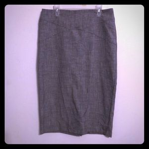 Heathered grey pencil skirt by New York and Co 4